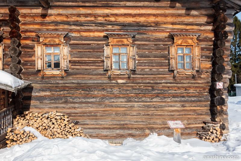 Окна в доме А.И.Поповой, Семёнково