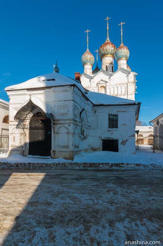 Храм Спаса Всемилостивого на Торгу, Ростовский кремль