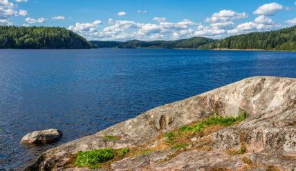 Живописное место на Ладоге: залив Кирьявалахти