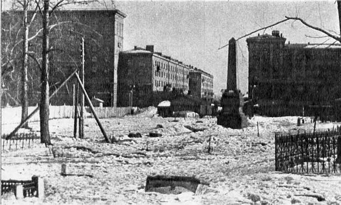 Остатки Дорогомиловского кладбища и Обелиск воинам, погибших в Бородинском сражении, Москва