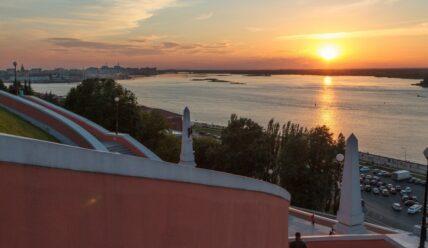 Путеводитель по Нижнему Новгороду: достопримечательности и экскурсии, гостиницы и кафе