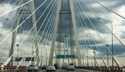КАД и ЗСД: дороги и мосты в стиле хай-тек в Петербурге