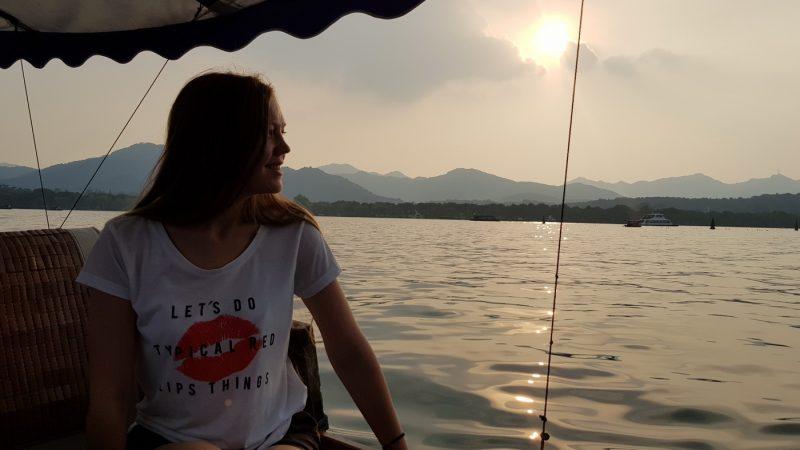 На озере Сиху
