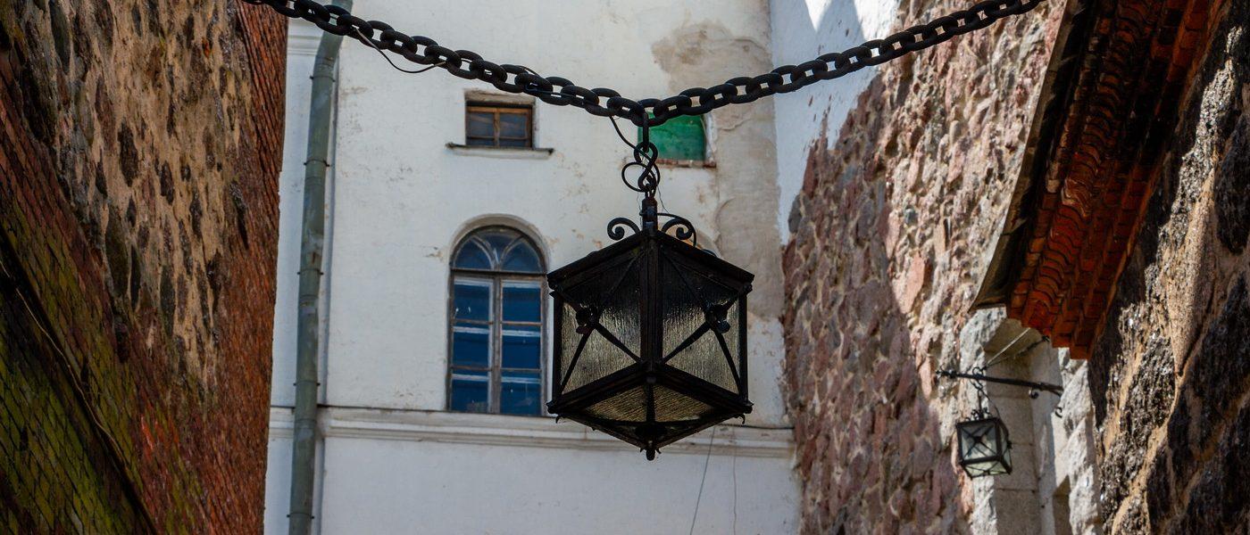 Небольшая прогулка по Выборгскому замку и посещение Выборгского краеведческого музея