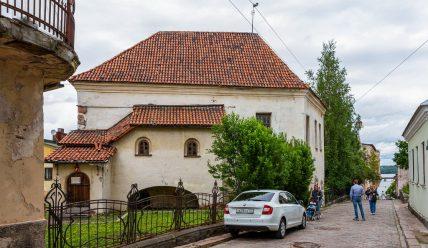 Рыцарский дом, или костел Святого Гиацинта в Выборге