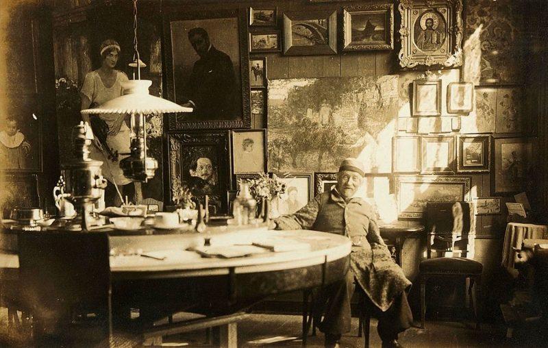 И.Е.Репин в большой столовой. 1929 год, Пенаты