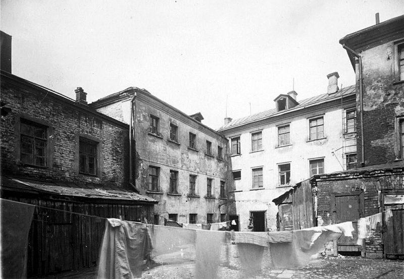 Елецкий переулок, дом № 4. Двор. Фото 1940-1941 годов