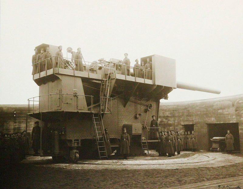 """Форт """"Красная Горка"""". 12-дюймовое орудие. Фото 1914 года"""
