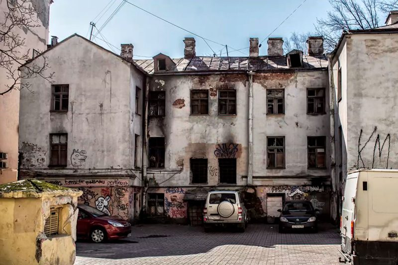 Заброшенный дом на Пионерской улице