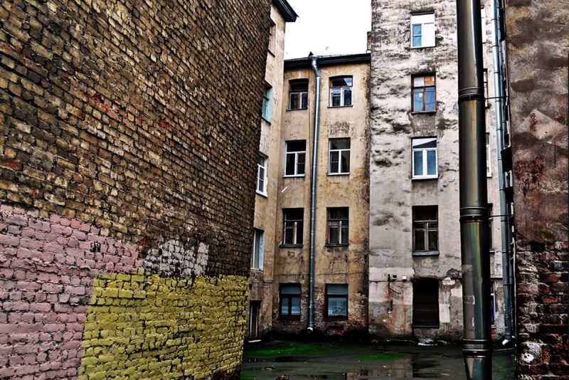 Двор на улице Яблочкова