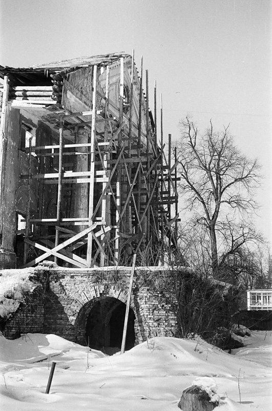 Усадьба Ольгово. Парковый фасад главного дома, март 1972 года