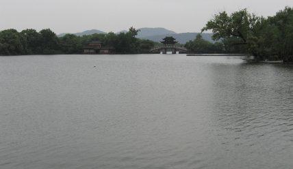 Песня «Impressions Of The West Lake» из одноименного альбома Китаро: слова на китайском языке и перевод