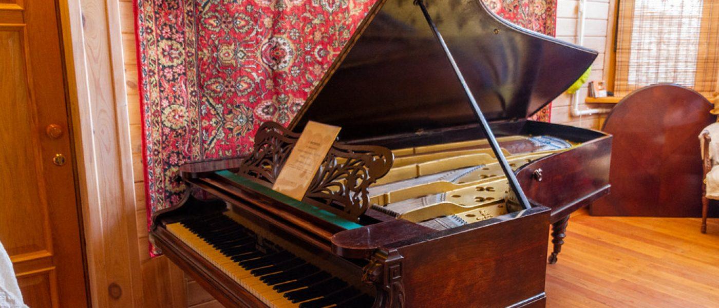 Тайна старого рояля. Рассказ