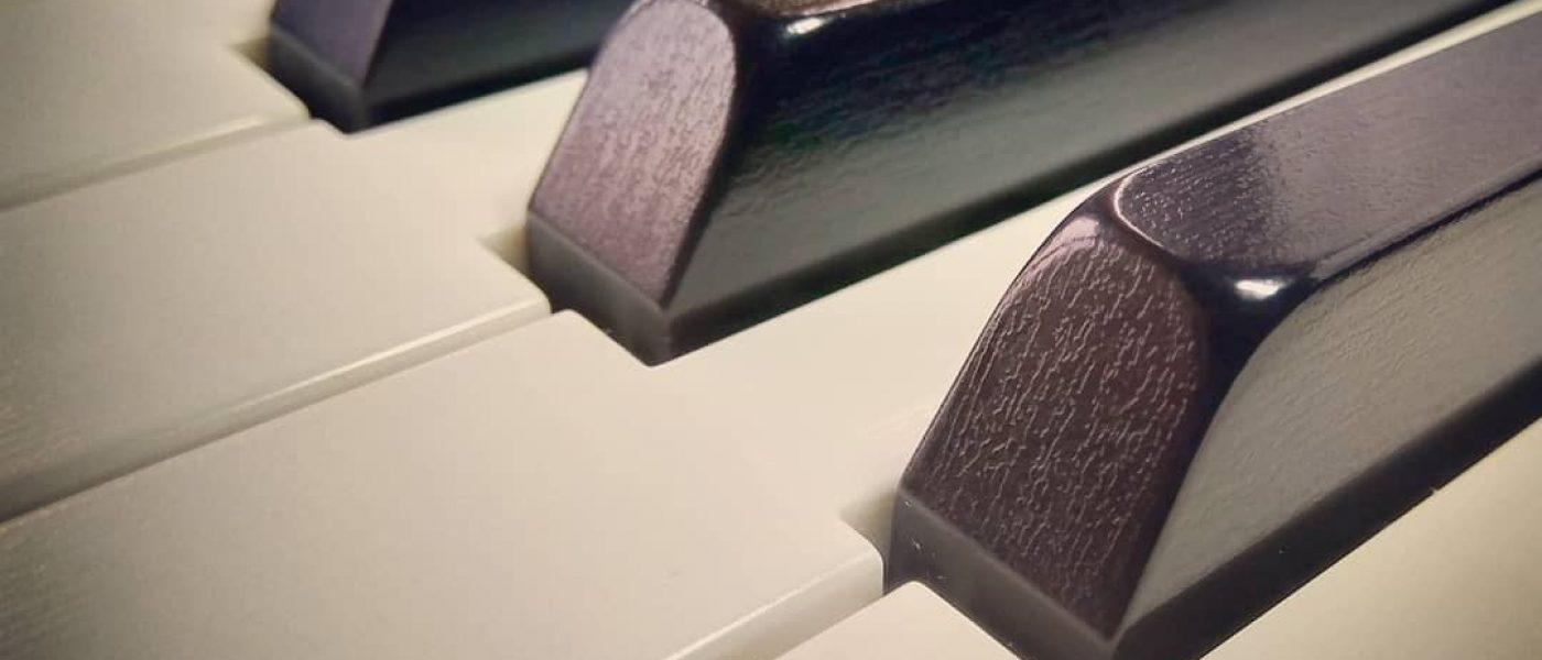 Нужен ли взрослому пианисту-любителю преподаватель музыки? Мой опыт