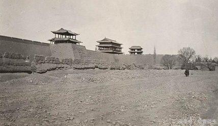 Город Лянчжоу, пограничная застава Юймэньгуань и «Два стихотворения в жанре цы о Лянчжоу» Ван Чжихуаня