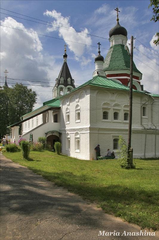 Александровская слобода, Покровская церковь