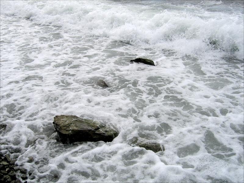 Авачинская бухта, прибой, Камчатка