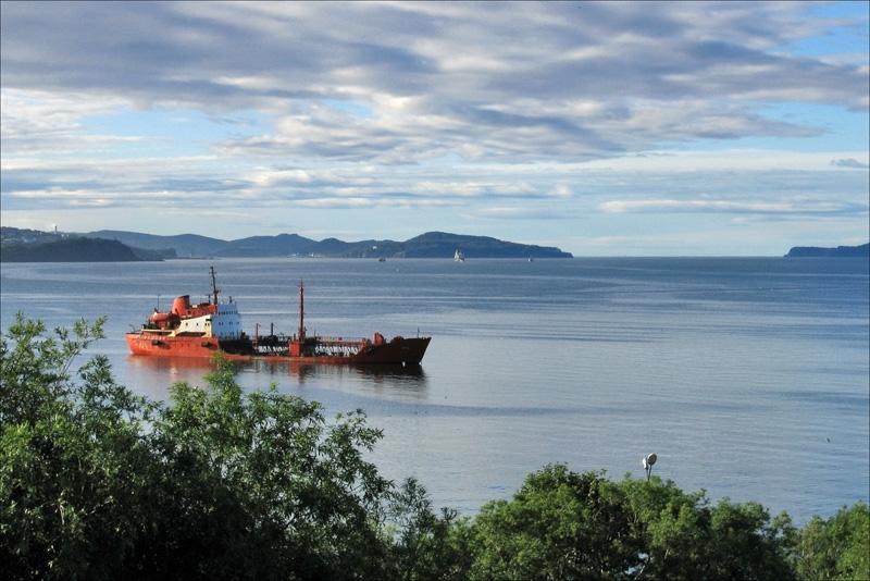 Утро в Авачинской бухте