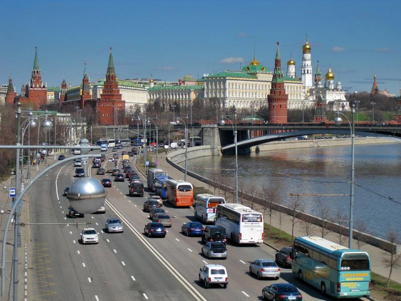 Московский Кремль, Пречистенская набережная и Большой Каменный мост