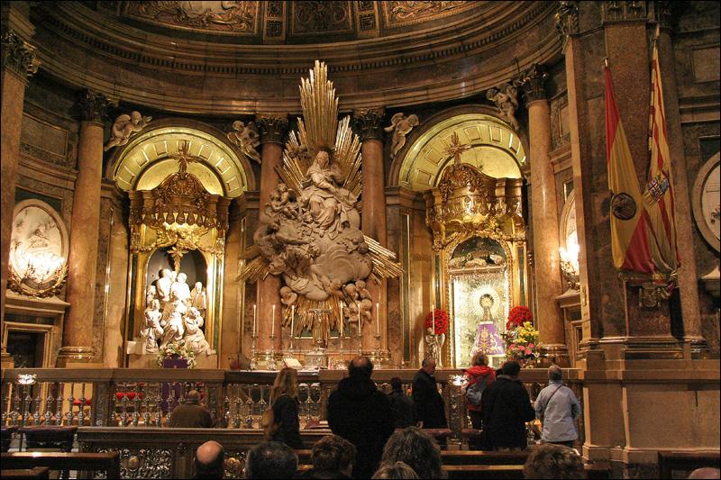 Сарагоса, Святая капелла в Базилика-де-Нуэстра-Сеньора-дель-Пилар