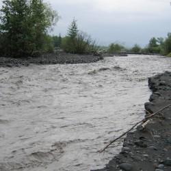 Река после дождей