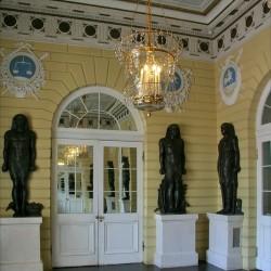 Павловский дворец. Египетский вестибюль