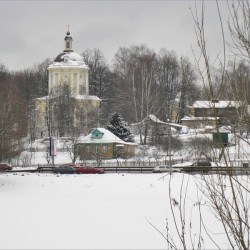 Виноградово, Владимирская церковь и Дмитровское шоссе