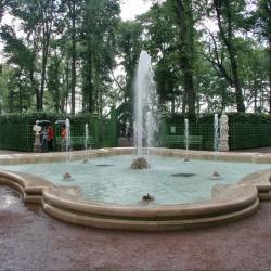 """Летний сад, фонтан """"Гербовый"""" на Центральной аллее"""