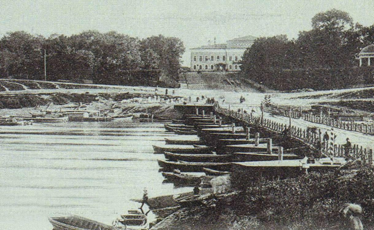Понтонный мост через Волгу в Твери, старое фото